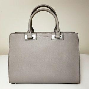 7f19b33e7c2b Michael Kors Bags - Michael Kors Quinn Large Satchel